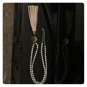 Evereve Thirty-Nine 42 Tassel Necklace